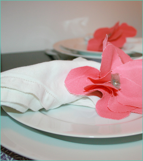 Giveaway: Flower Napkin Rings