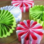 *Very Pretty* DIY Paper Ornaments