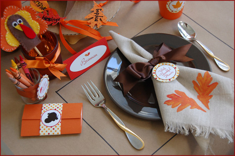 DIY Handmade Burlap Table Runner Napkin Inspiration, Decor Decoration Tablescape, Thanksgiving Fall, Stencil, Paint