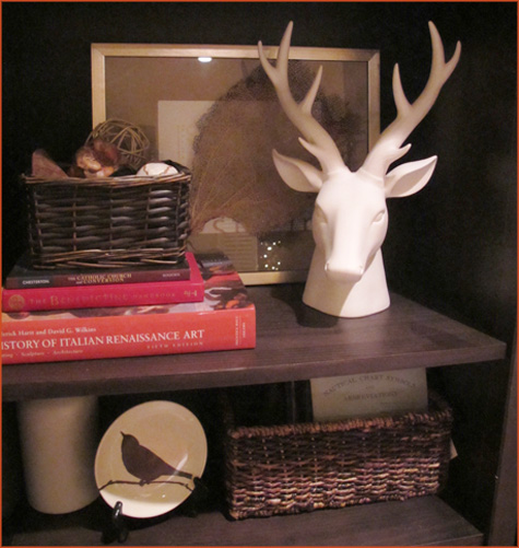 White ceramic antlers, deerhead, deer head, living room, bedroom, decoration, decor, home, house, trends, trendy