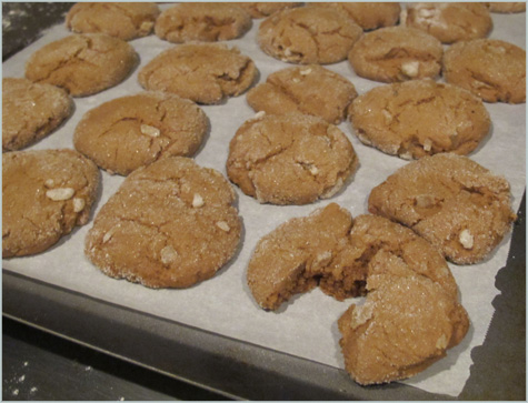 Ginger cookies, Gingersnaps, Christmas cookie exchange