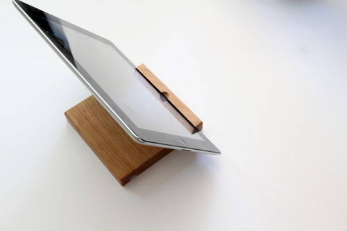 Dad's Day iPad Stand Gift | PepperDesignBlog.com