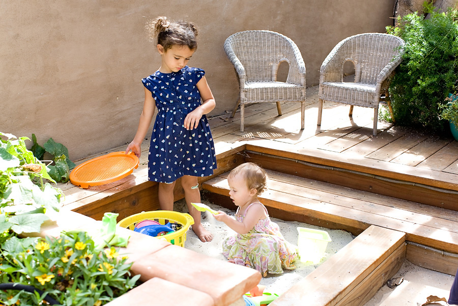 Home Tour: Outdoor Sandbox Space | PepperDesignBlog.com