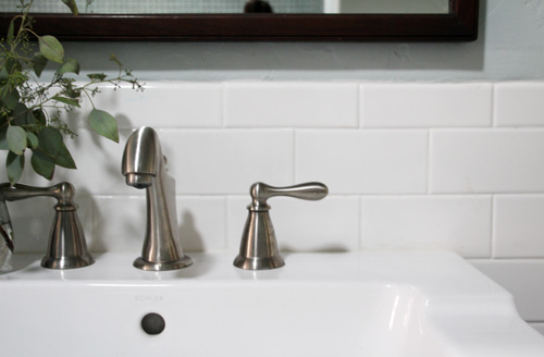 Guest Bathroom Grout Fix | PepperDesignBlog.com