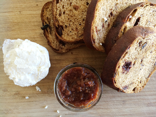 Grilled Goat Cheese & Fig on Raisin Bread | PepperDesignBlog.com