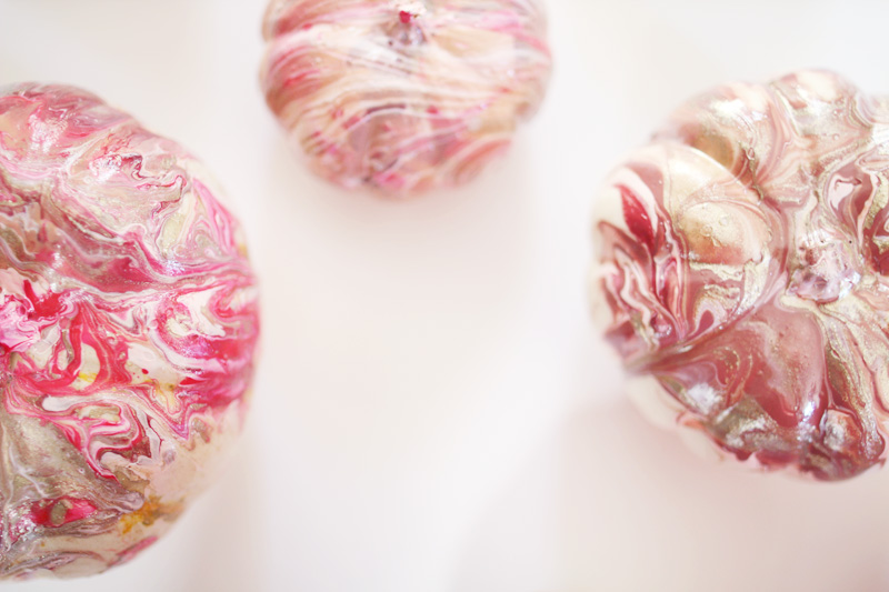 Marbled Pumpkins | PepperDesignBlog.com